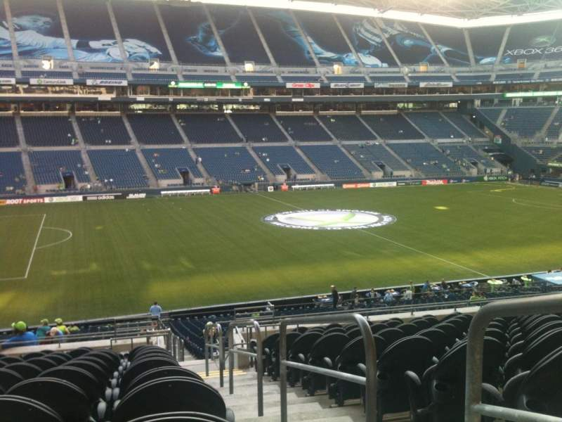 Seating view for CenturyLink Field Section 112 Row M Seat 1