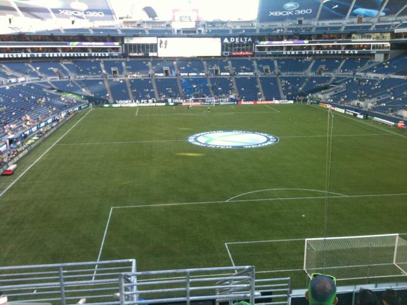 CenturyLink Field, section: 150, row: S, seat: 32