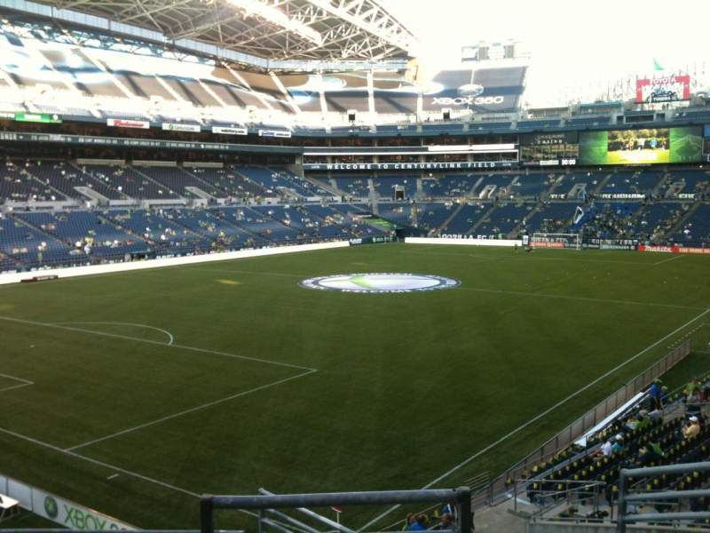 Seating view for CenturyLink Field Section 143 Row M Seat 1