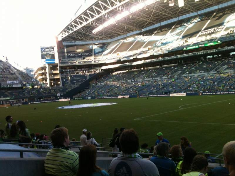 Seating view for CenturyLink Field Section 130 Row L Seat 1