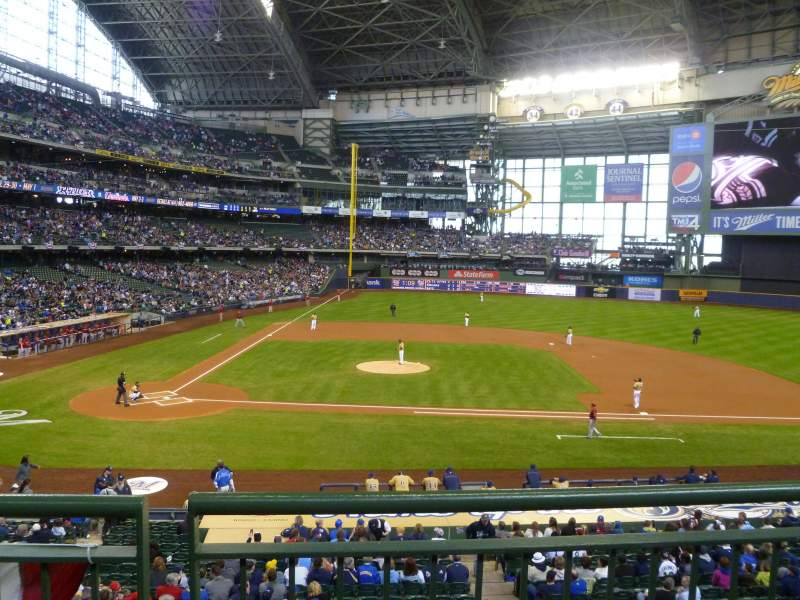 Seating view for Miller Park Section 214 Row 1 Seat 3