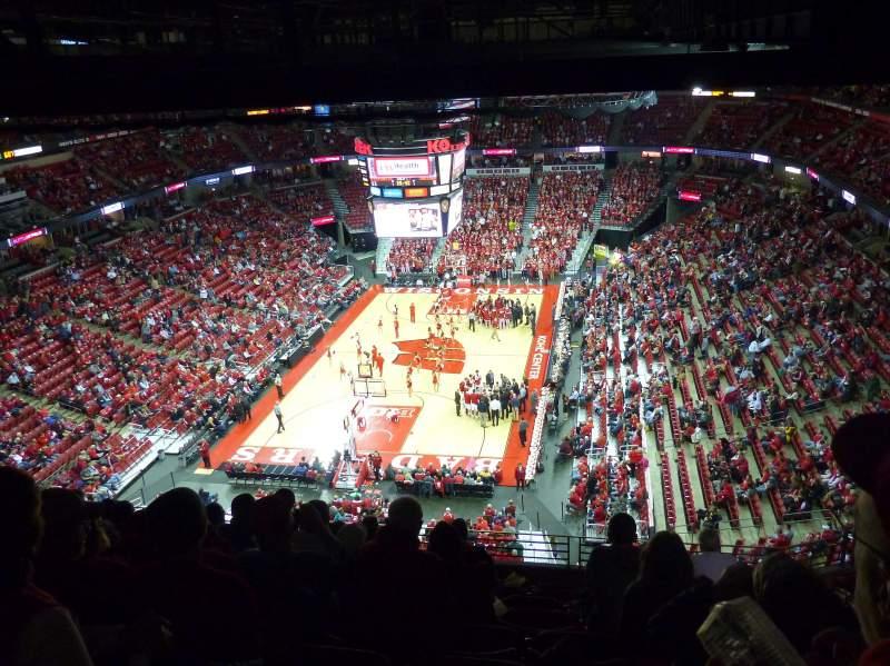 Kohl Center, section: 328, row: J, seat: 8