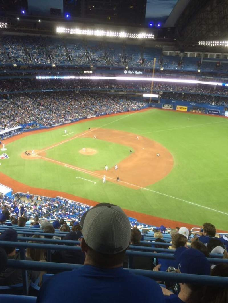 Seating view for Rogers Centre Section 515L Row 17 Seat 110