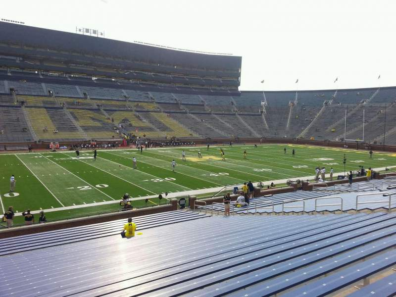 Seating view for Michigan Stadium Section 26 Row 30 Seat 13