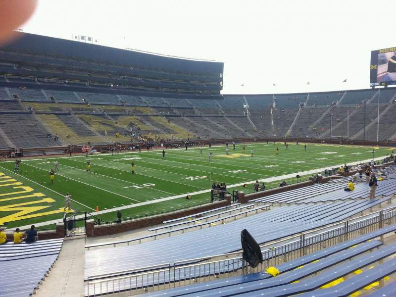 Seating view for Michigan Stadium Section 28 Row 30 Seat 10