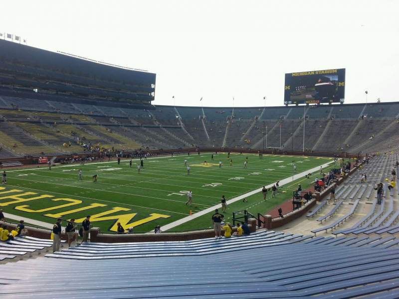 Seating view for Michigan Stadium Section 30 Row 30 Seat 10