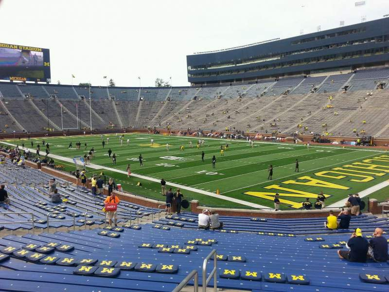 Seating view for Michigan Stadium Section 39 Row 30 Seat 10