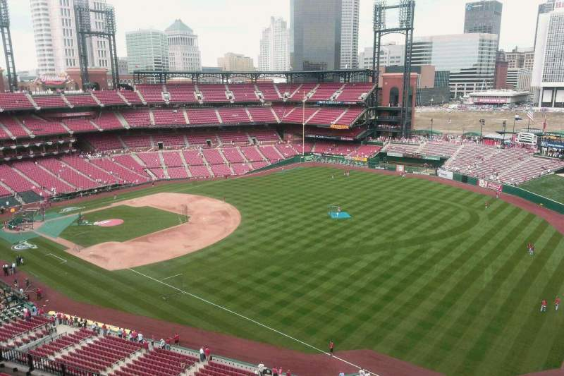 Seating view for Busch Stadium Section 433 Row 10 Seat 3