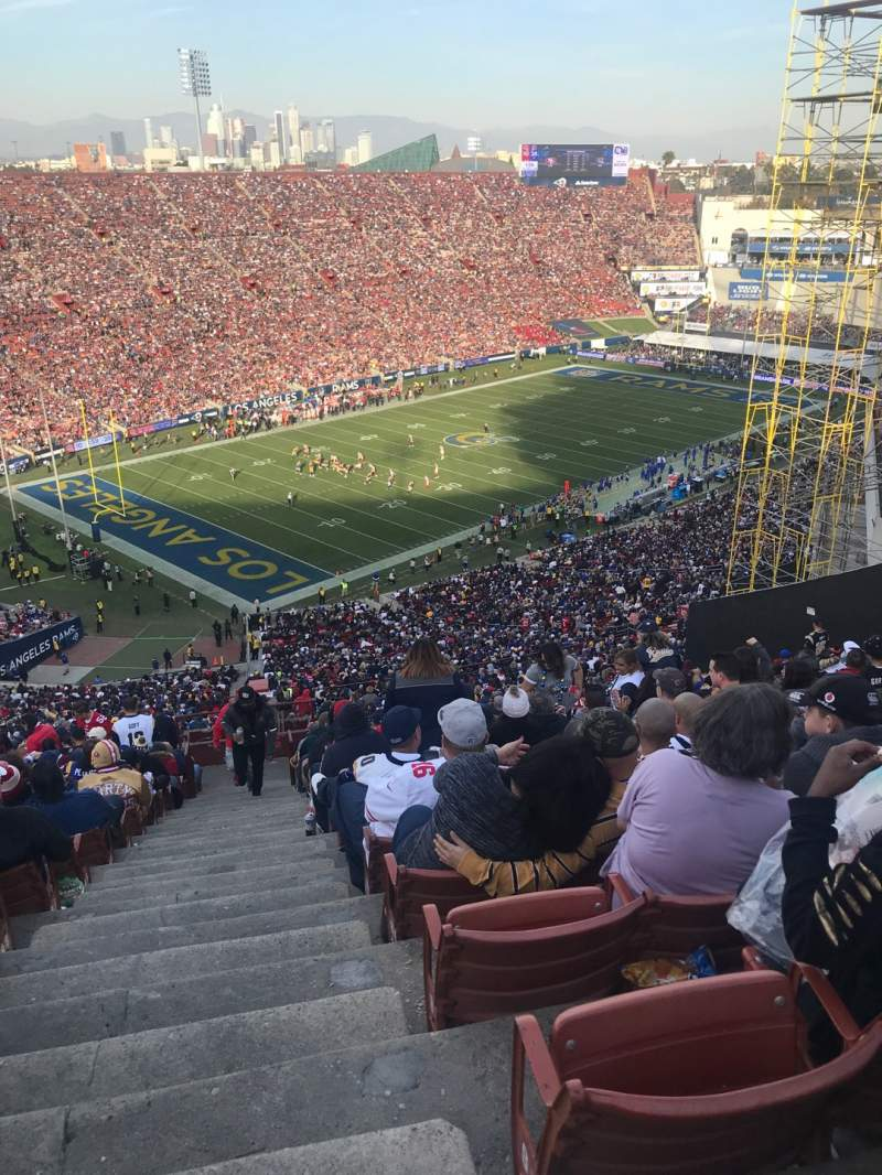 Seating view for Los Angeles Memorial Coliseum Section 10L Row 93 Seat 1