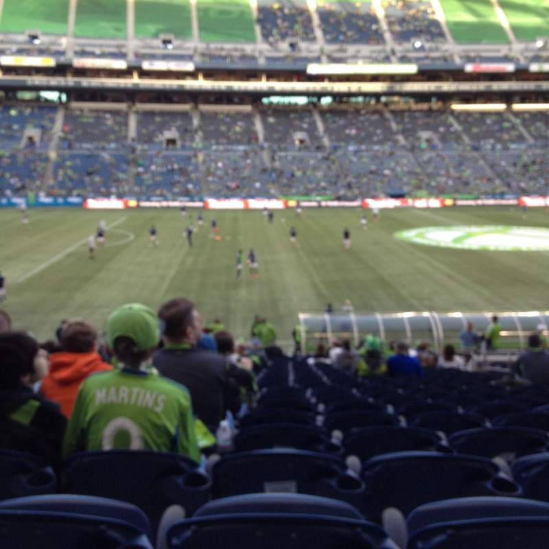 Seating view for CenturyLink Field Section 137 Row AA Seat 7