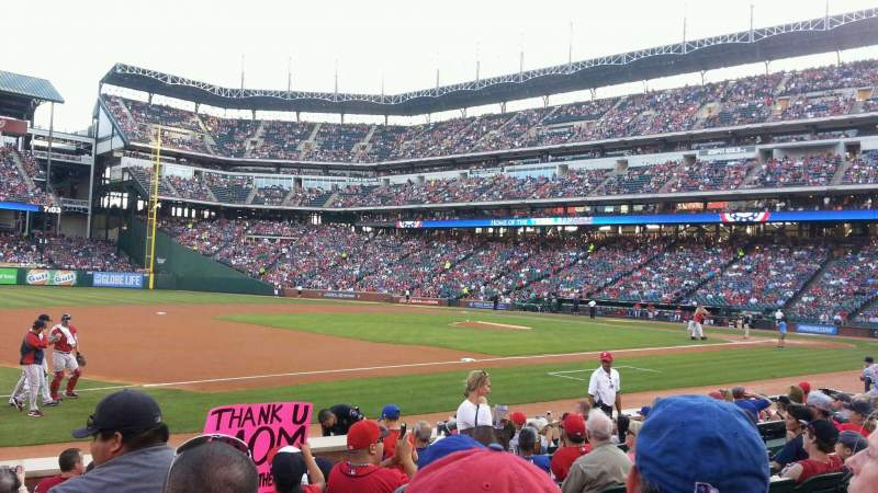 Seating view for Globe Life Park in Arlington Section 16 Row 8 Seat 14