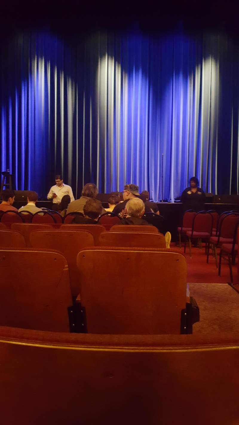 Seating view for Chicago Theatre Section MNFL4L Row EE Seat 401