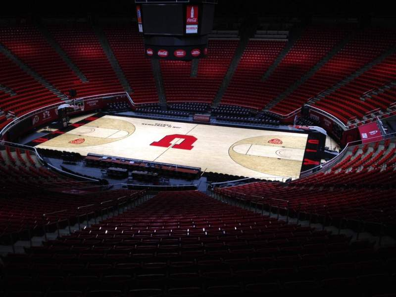 Seating view for Jon M. Huntsman Center Section ll Row 1 Seat 18