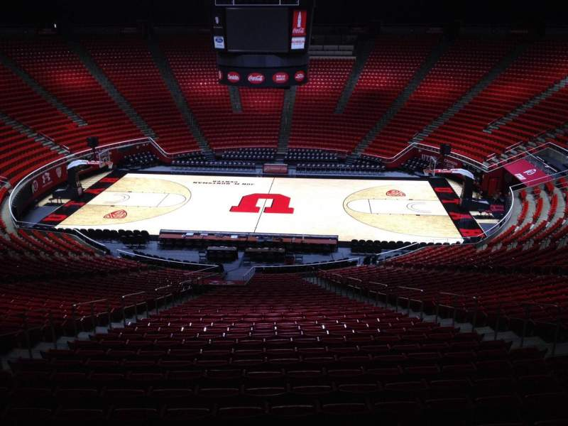 Seating view for Jon M. Huntsman Center Section mm Row 1 Seat 18