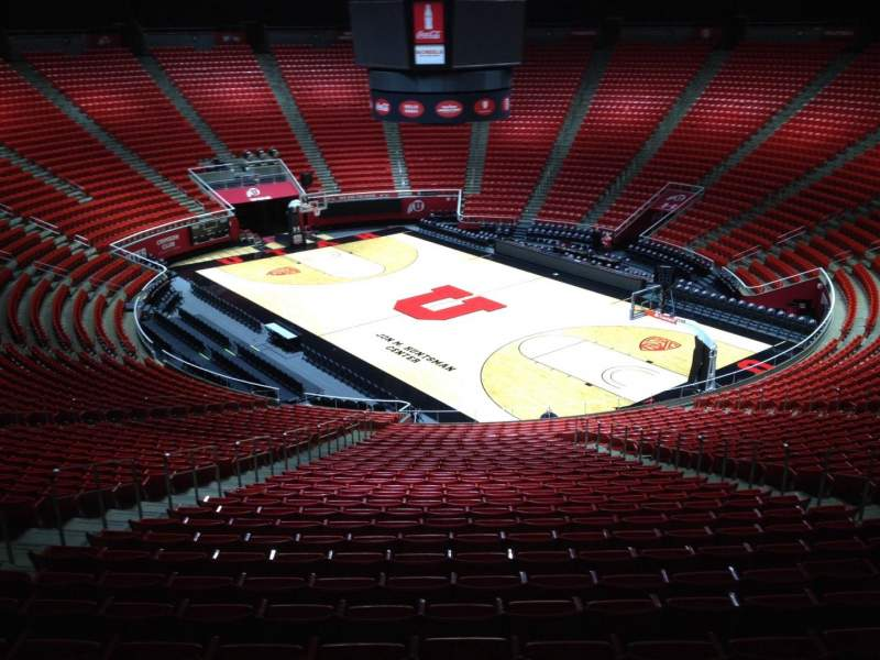 Seating view for Jon M. Huntsman Center Section ww Row 1 Seat 18