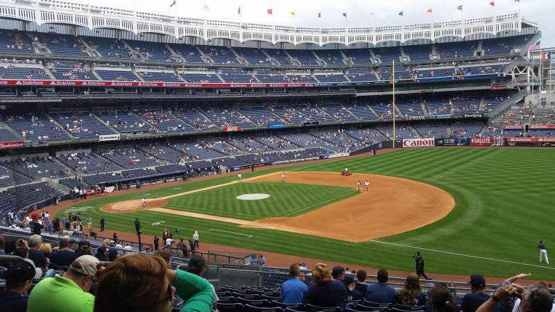Seating view for Yankee Stadium Section 213 Row 12 Seat 9