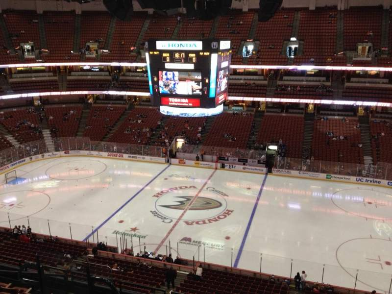 Seating view for Honda Center Section 432 Row H Seat 8
