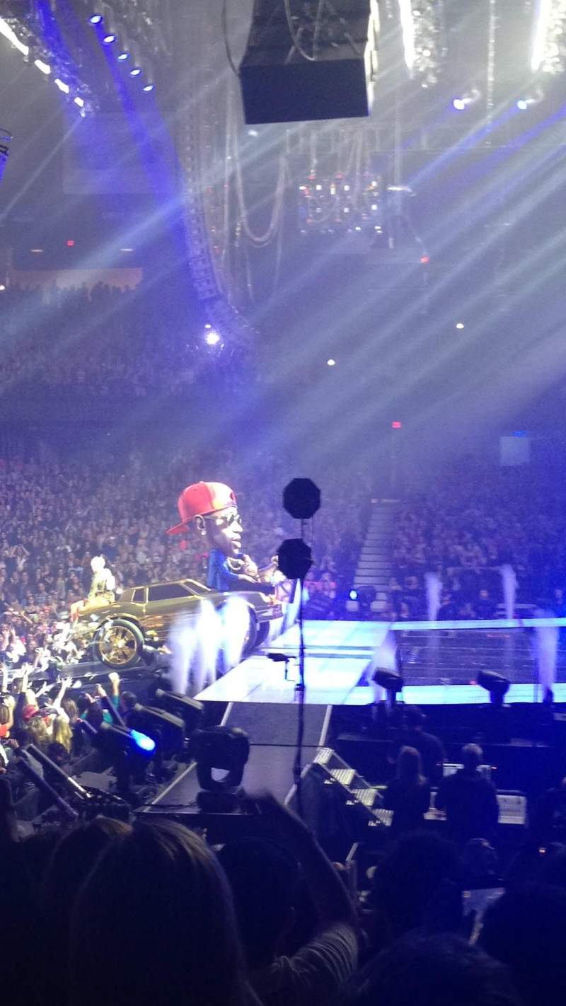allstate arena, section: 109, row: j, seat: 19