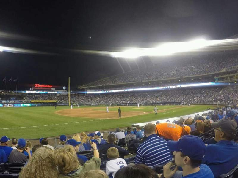 Seating view for Kauffman Stadium Section 115 Row H Seat 9