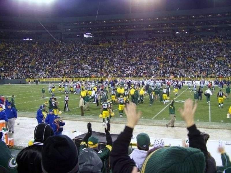 Seating view for Lambeau Field Section 118 Row 9