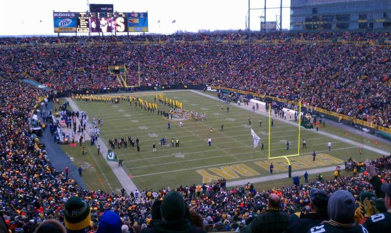 Seating view for Lambeau Field Section 305 Row 9 Seat 23