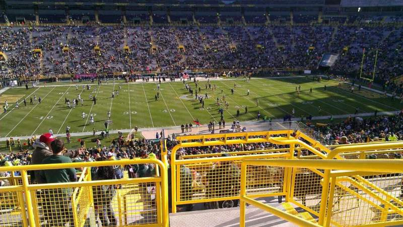 Seating view for Lambeau Field Section 322 Row 4 Seat 1