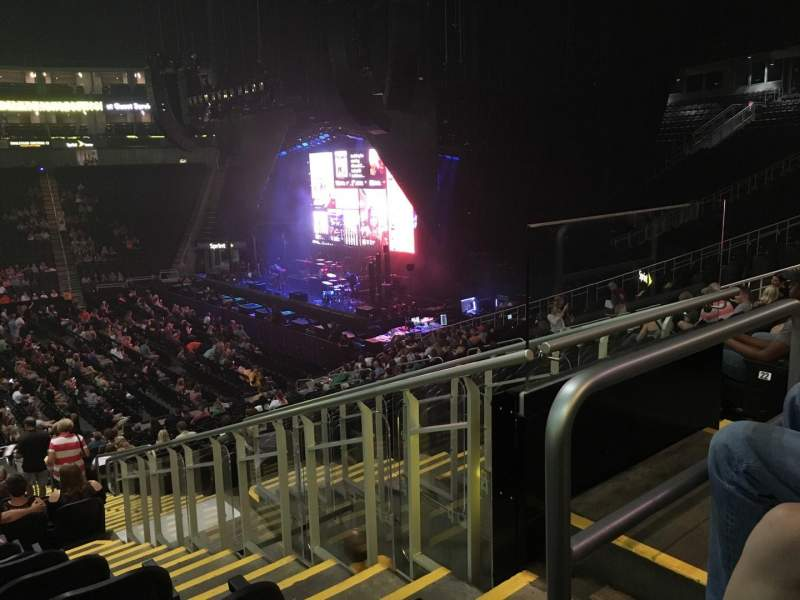 Sprint Center, section: 117, row: 24, seat: 4