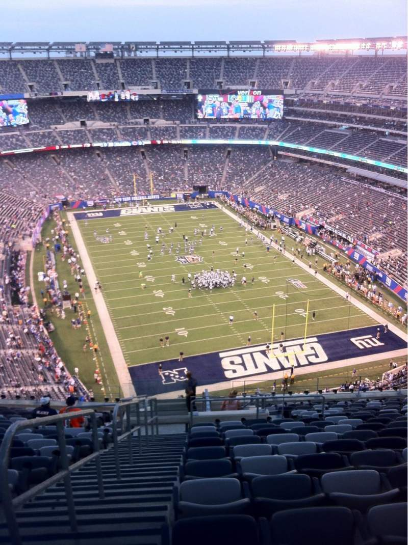 Seating view for MetLife Stadium Section 303 Row 22 Seat 29