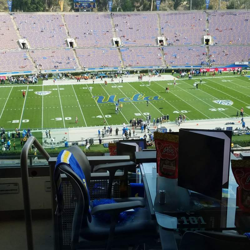 Seating view for Rose Bowl Section Club D1201 Row Loge Seat 4
