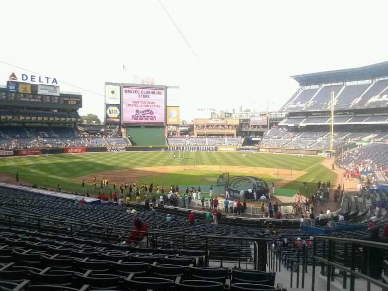 Seating view for Turner Field Section 204 Row 9 Seat 101