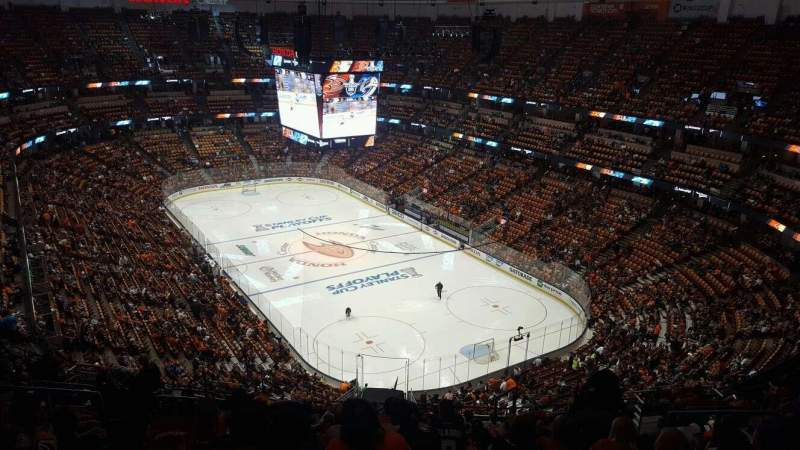Seating view for Honda Center Section 426 Row R Seat 8