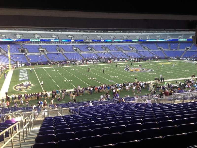 Seating view for M&T Bank Stadium Section 105 Row 28 Seat 10