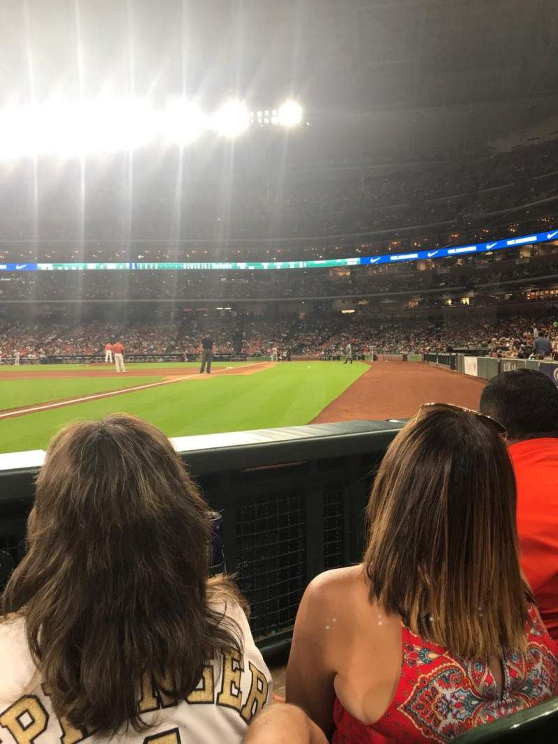 Minute Maid Park, section: 106, row: 10, seat: 9
