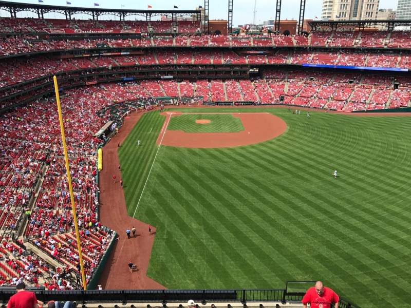 Seating view for Busch Stadium Section 428 Row 1 Seat 19