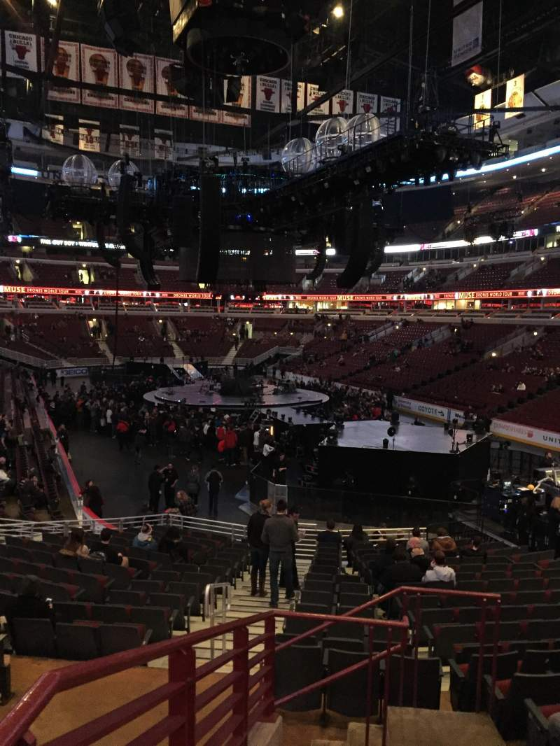 Seating view for United Center Section 107 Row 19 Seat 24