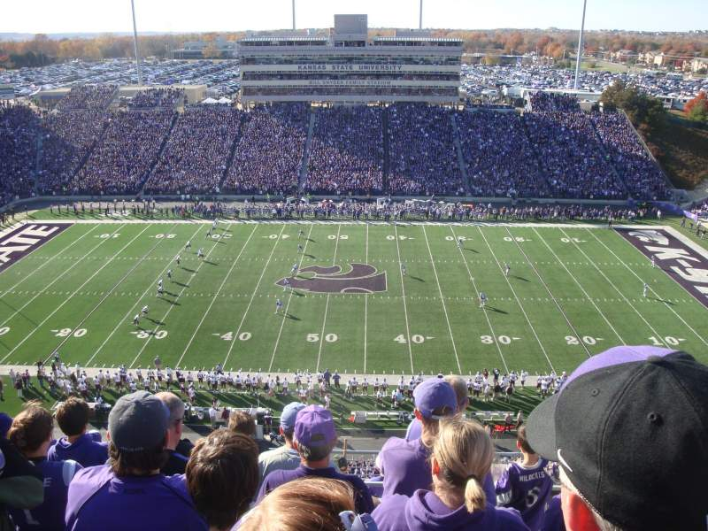 Seating view for Bill Snyder Family Stadium Section 425 Row 10 Seat 6