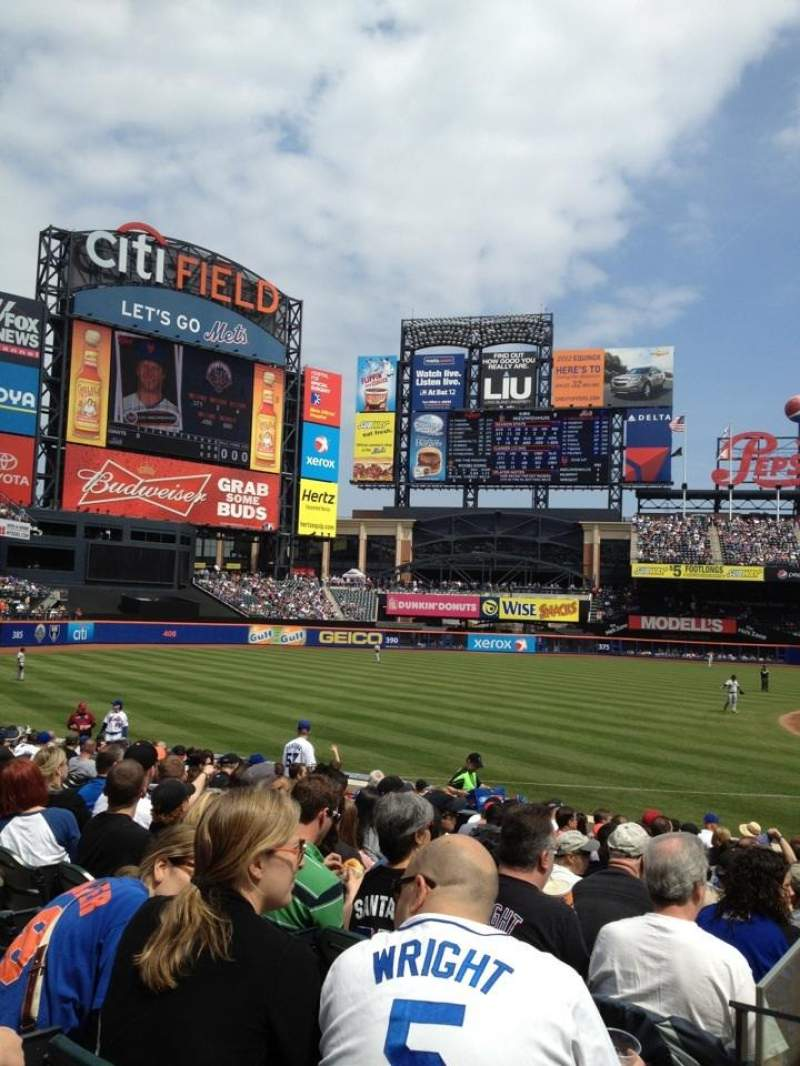Seating view for Citi Field Section 123 Row 14 Seat 9