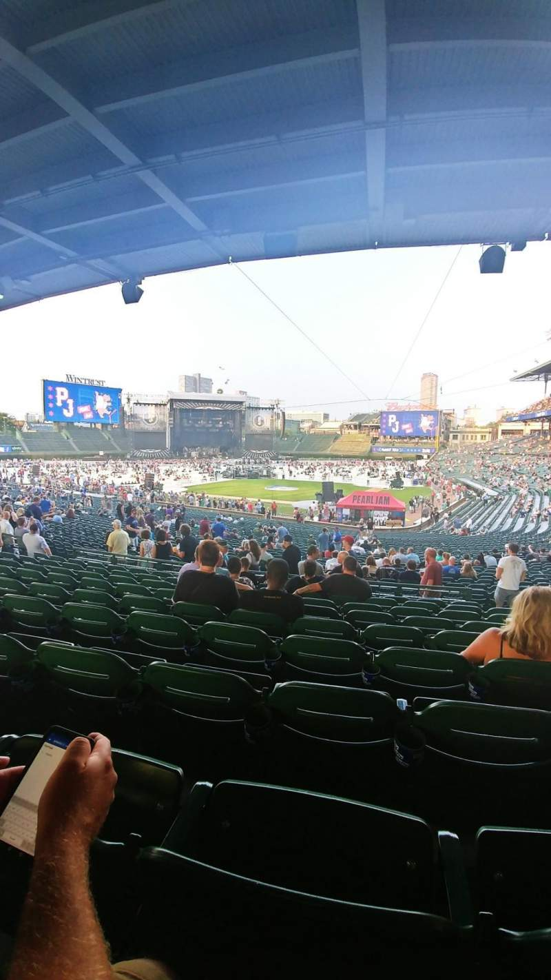 Wrigley Field, section: 219, row: 9, seat: 106
