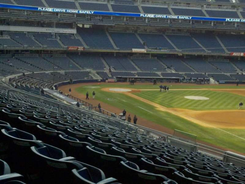 Seating view for Yankee Stadium Section 211