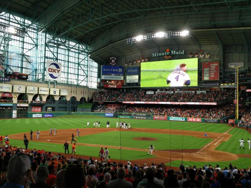 Seating view for Minute Maid Park Section 116 Row 32 Seat 30