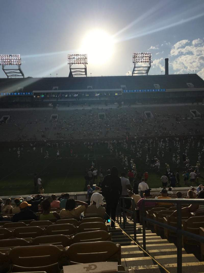 Seating view for Bobby Dodd Stadium Section CL3 Row 23 Seat 28