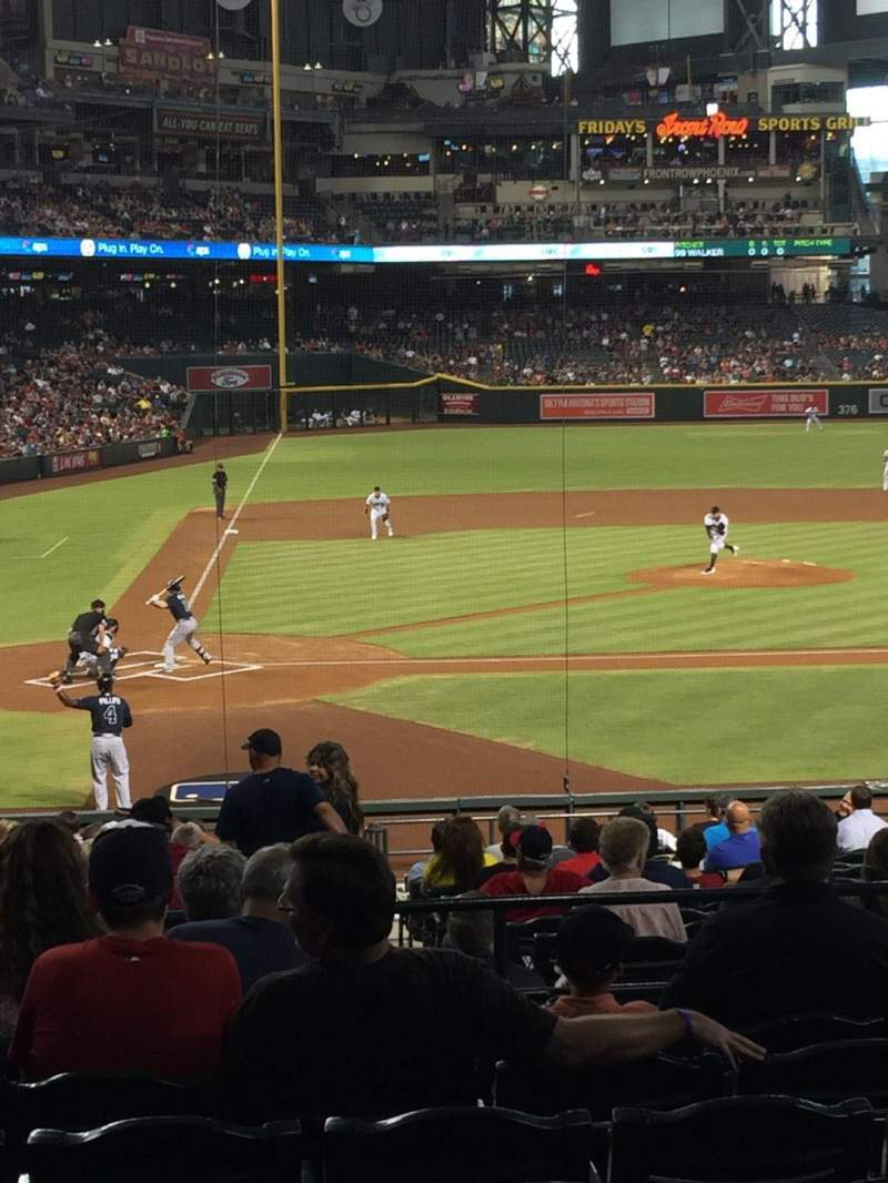 Seating view for Chase Field Section 118 Row 29 Seat 10