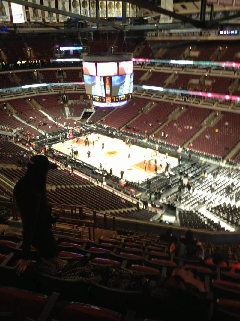 Seating view for United Center Section 330 Row 15 Seat 17