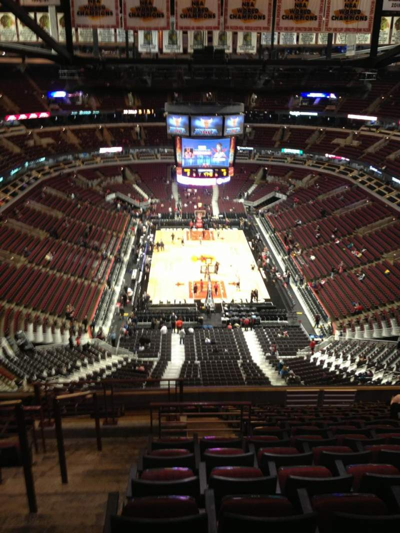 Seating view for United Center Section 326 Row 15 Seat 15