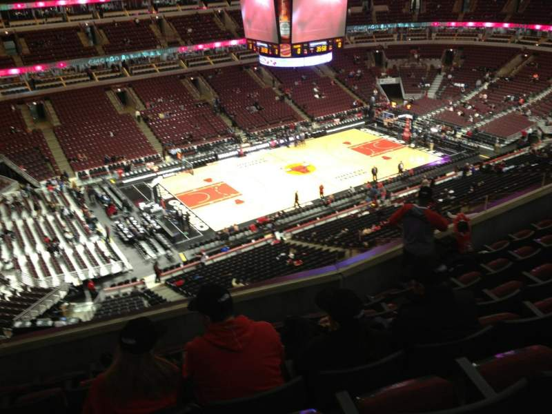 Seating view for United Center Section 320 Row 14 Seat 14