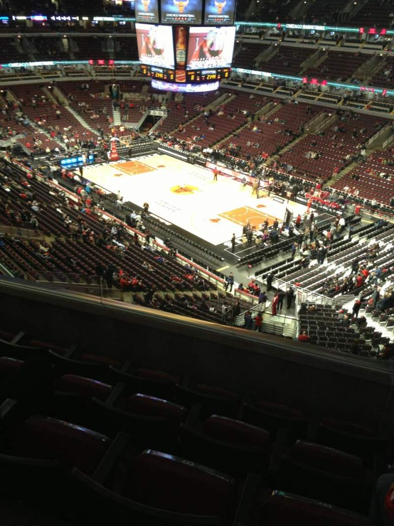 Seating view for United Center Section 313 Row 5 Seat 9