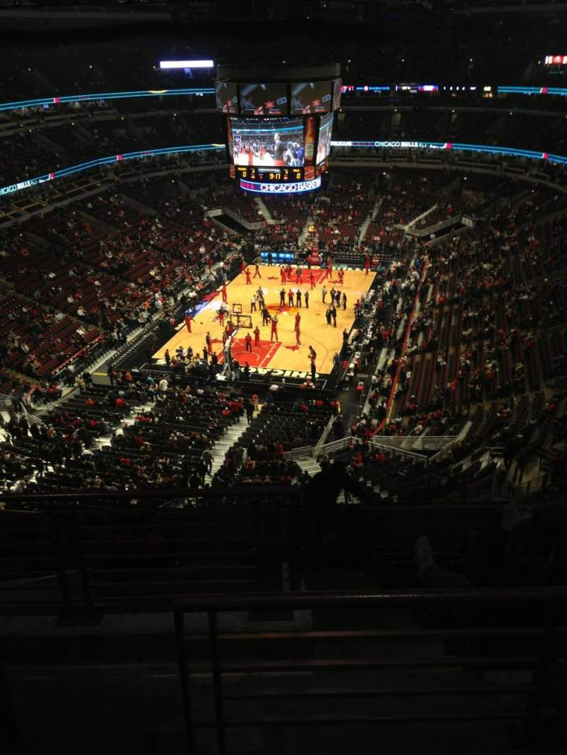 Seating view for United Center Section 307 Row 11 Seat 21