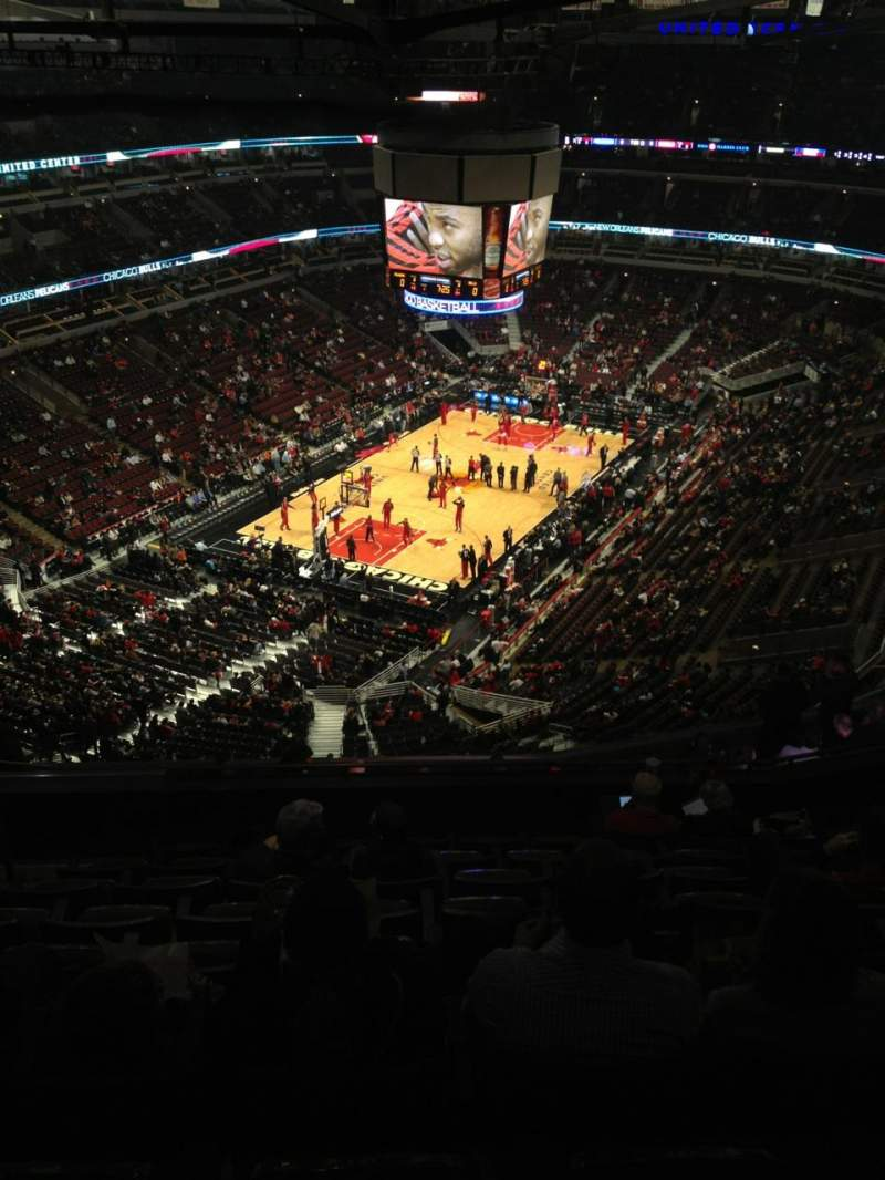 Seating view for United Center Section 306 Row 16 Seat 21