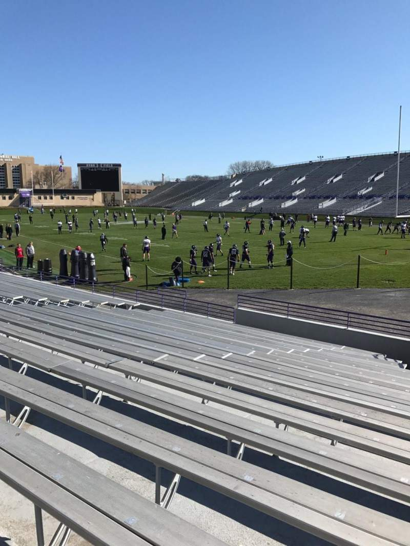 Seating view for Ryan Field Section 123 Row 16 Seat 6