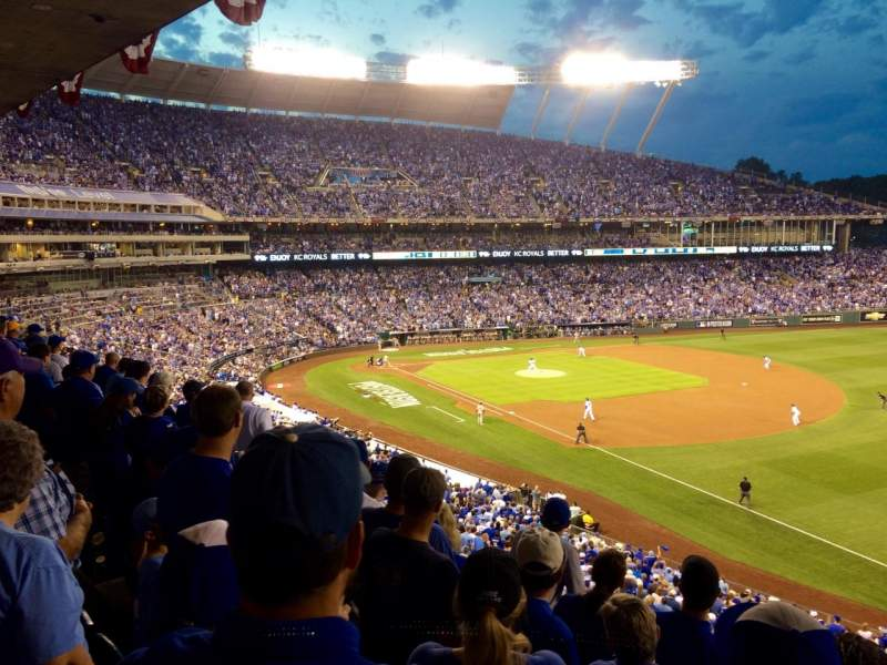Seating view for Kauffman Stadium Section 323 Row E Seat 10